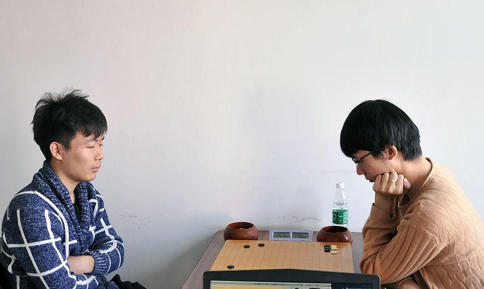 高清-棋圣战资格赛首轮补赛 孙腾宇对阵张涛