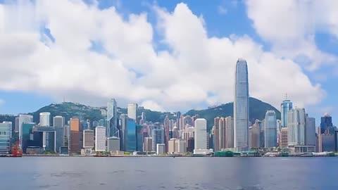 中国港珠澳大桥为何要设计成弯的今天终于明白了