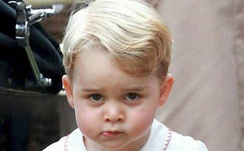 乔治小王子没有一点儿王室风范?那一定是你打开的方式不对