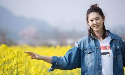 32岁女排女神薛明,越来越漂亮,与央视编导离婚,创业当老板