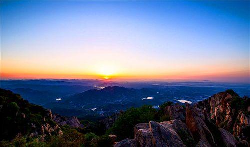 泰山风景区是一个好地方,优美的美景,非常漂亮