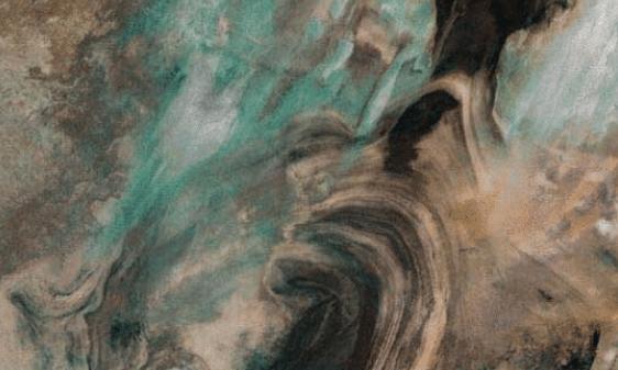 地球之耳罗布泊又涌出水源,这些水从哪里来的?重生的征兆?