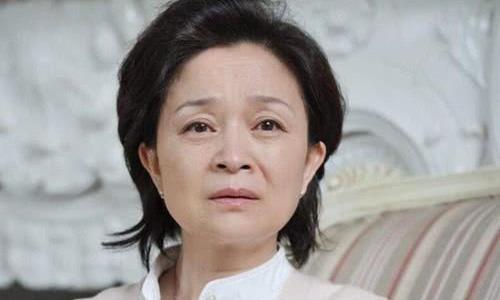 她因家庭而放弃了娱乐圈,低调出演30年无绯闻、现已60气质任在