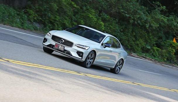 中型主管用车购买指南-最新Volvo S60