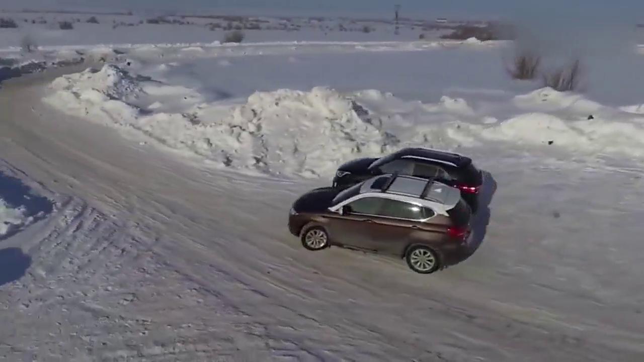 视频:哈弗H2与现代ix25有多大差距?看下加速比赛就知道了