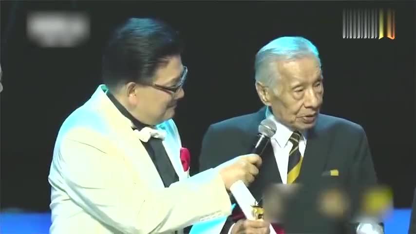 96岁常枫凭《拂乡心》斩获影帝 导演秦海璐发文祝贺