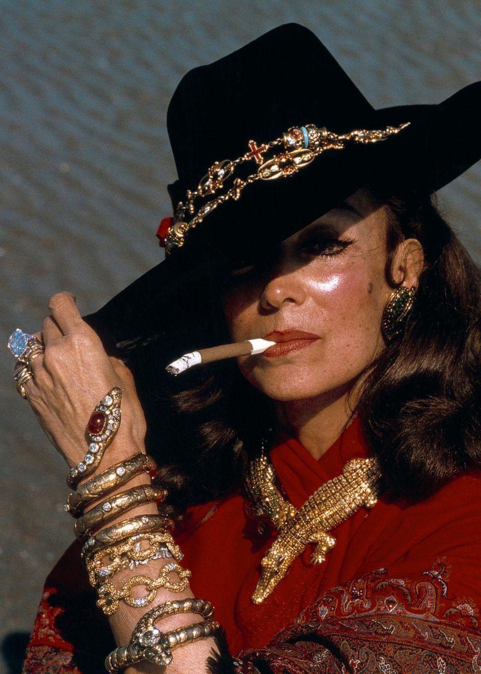 不愧是大牌!卡地亚为墨西哥女星打造精美的鳄鱼系列高级珠宝