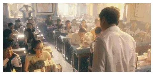 夏洛特烦恼:谁注意到王老师批评夏洛时黑板上的字了