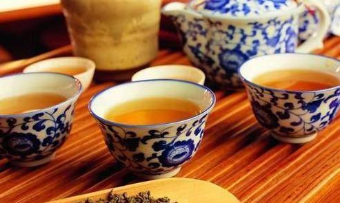 茶叶里的含有很多农药?营养师:喜欢喝茶的人,要分清两个误区