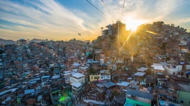 """巴西的""""穷人胜地"""",如今却满是观光客,成为当地一道美丽风景线"""