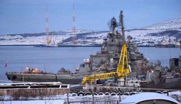 北极圈出现B52H!美军这回嚣张到极点,距俄基地不到100公里