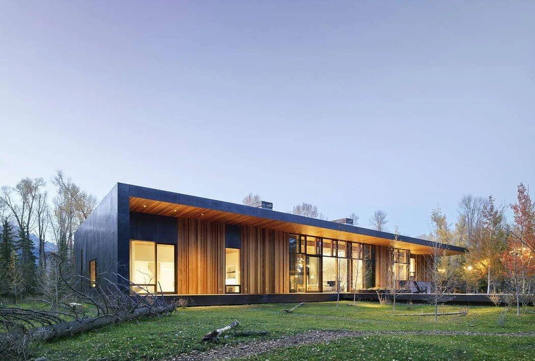 怀俄明州杰克逊蛇河河岸的20英亩豪宅