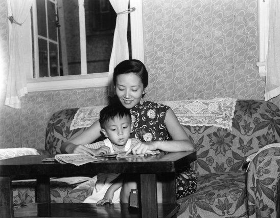 罕见老照片:国民党统治时期的中国女性,德军高官服毒自杀