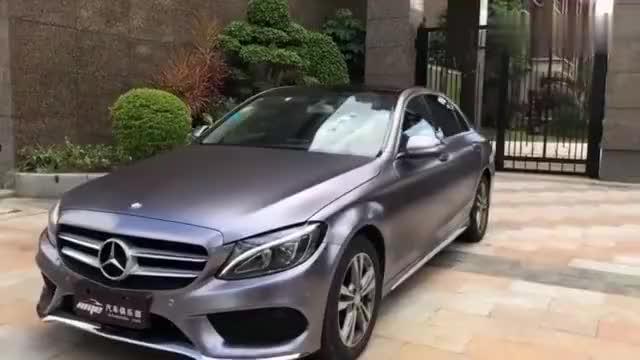 视频:奔驰C200L车身电光灰改色贴膜漆面改色膜杭州汽车改色贴膜施工