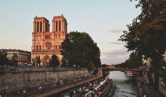 巴黎圣母院,让人最期待的是最顶层,雨果笔下的钟楼