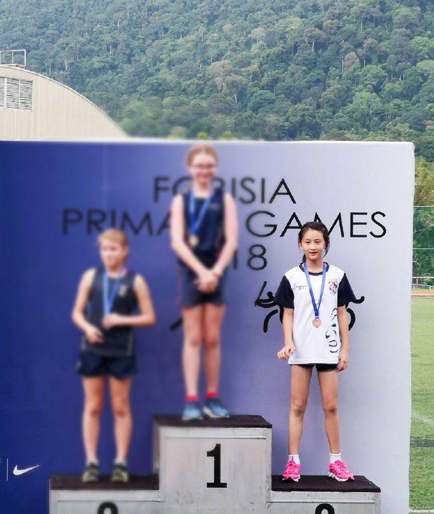 田亮女儿森碟继承爸爸好基因,跑步比赛拿铜牌,儿子具有音乐天赋