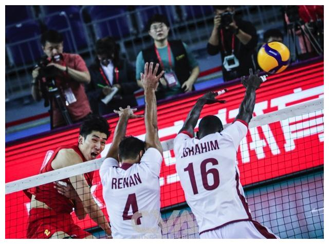 中国男排横扫卡塔尔进决赛,将与伊朗队争夺东京奥运会门票