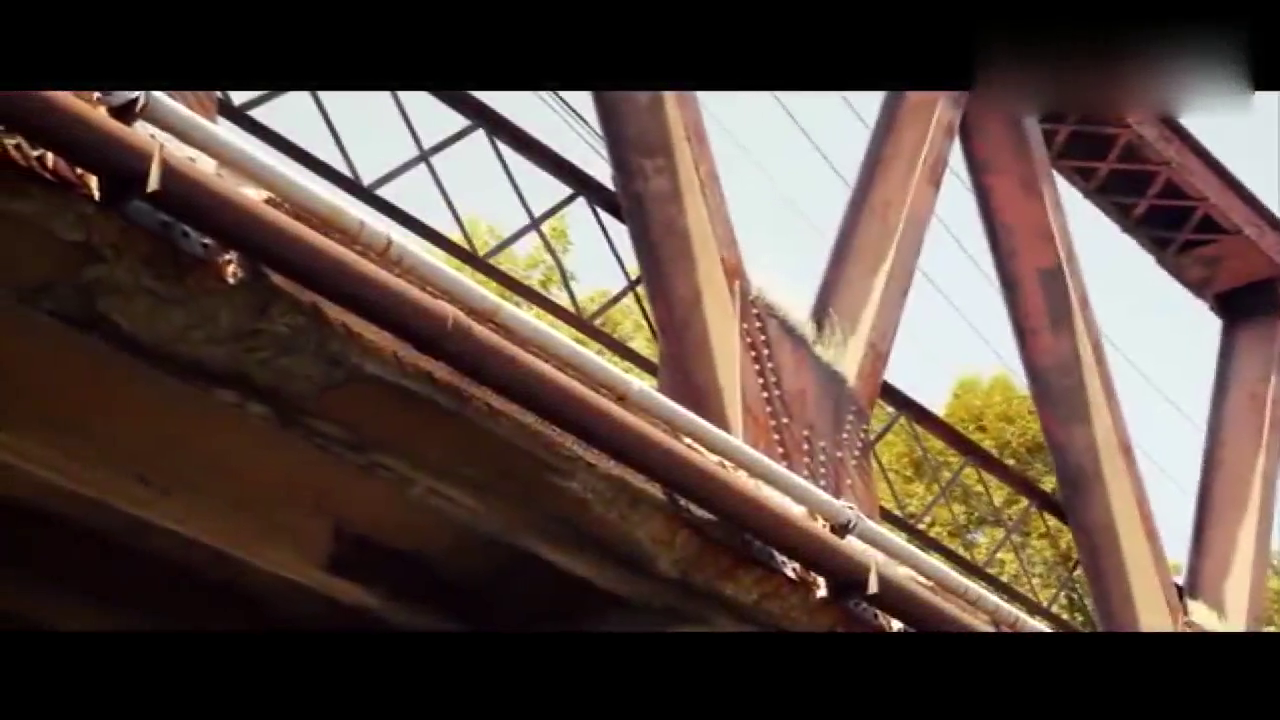 视频:雪佛兰爱唯欧改装版 犀利尾翼引人侧目