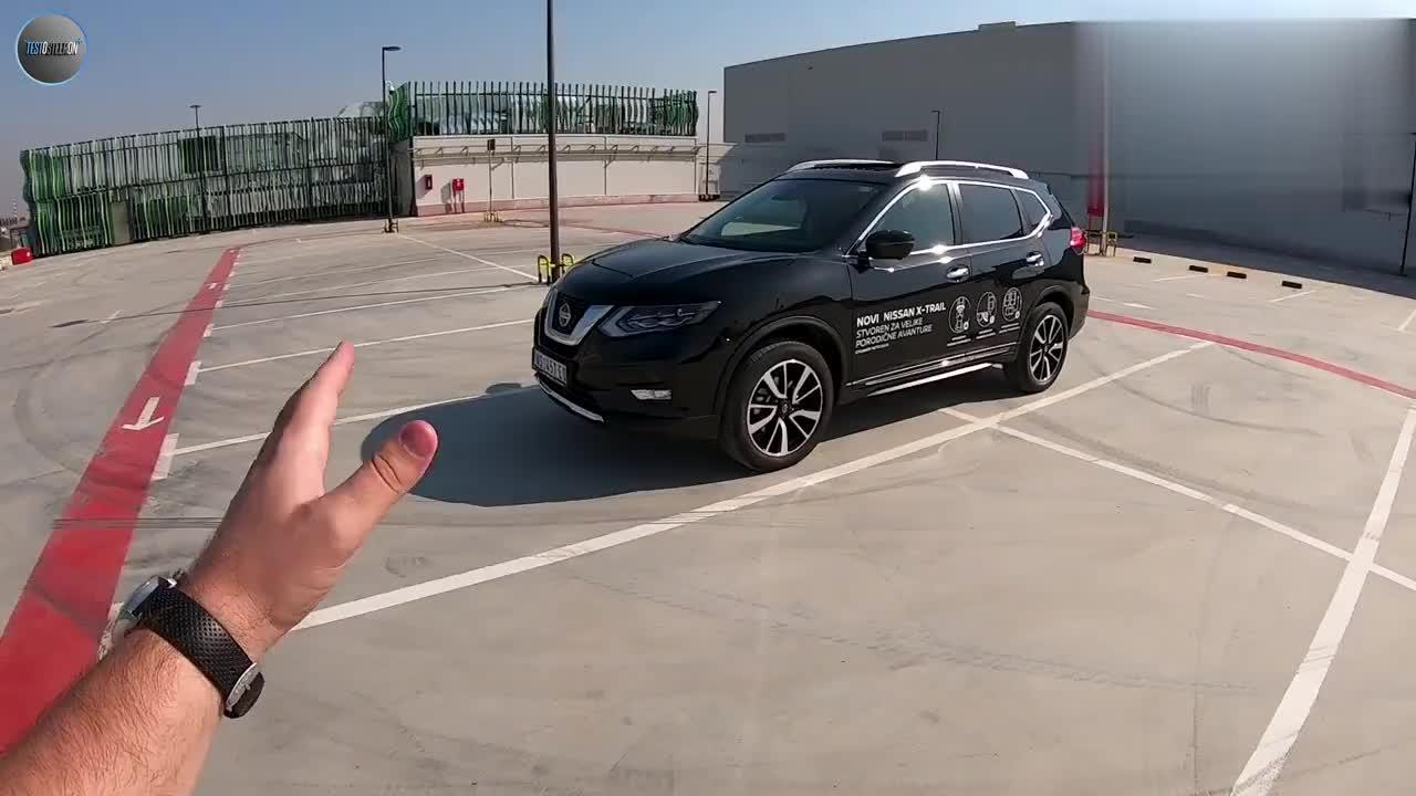 视频:2019全新日产奇骏4x4展示坐进车内看到全景天窗我彻底心动了