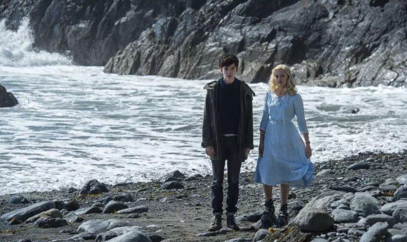 《佩小姐的奇幻城堡》黑色童话里的爱和温暖同样值得称赞!