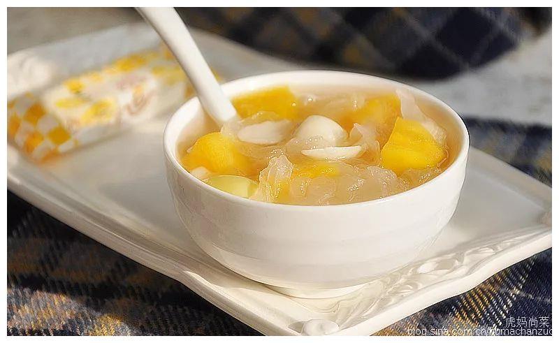教你用莲子搭配几种五谷蔬菜,做出养生又好吃的甜品汤羹!