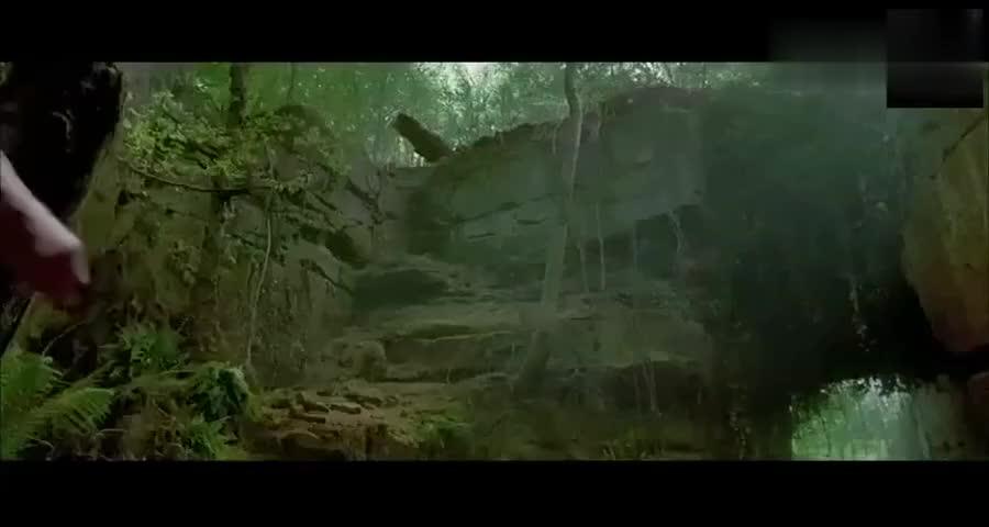 狼王这杀人武器全身覆满尖牙,铠甲致命的机关都奈何不了它啊