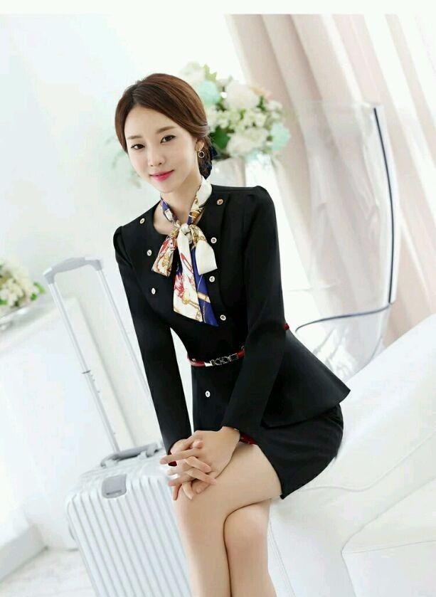 韩国美女模特朴恩真带了这款职业装,穿上去你就是职场的焦点