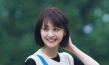郑爽新剧《青春斗》定档,却与《七月与安生》撞上,网友:稳赢!