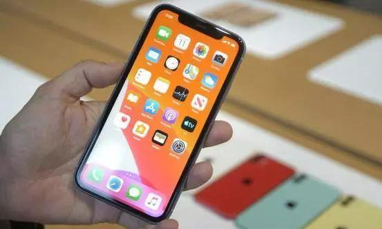 iPhone11全系确认4G运存!果粉:照样能秒安卓12G运存