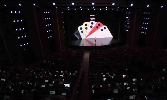 iPhone 11最强对手出现?缺失谷歌服务,如何战胜对手?