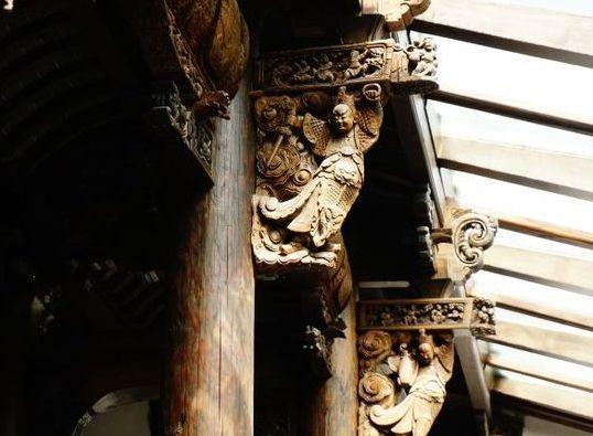 扬州陈园,由扬州民间收藏爱好者投资兴建,历经十年时间