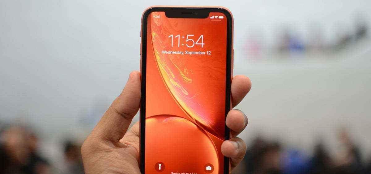 iPhoneXR再次降至新低,首批用户感叹:我不后悔