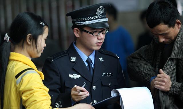 退伍军人能考警校吗?普通高校毕业能考警校研究生吗?