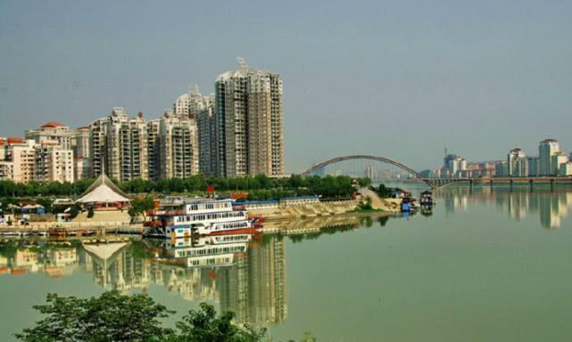 四川最让人无奈的3个城市,一个是内江,一个至今没有机场