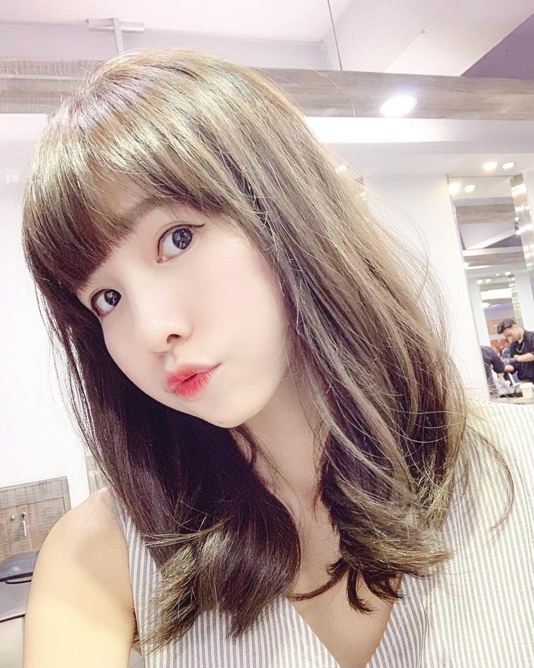 台湾美女模特Connie,甜美可人,气质怡人,女神精选合辑四24张
