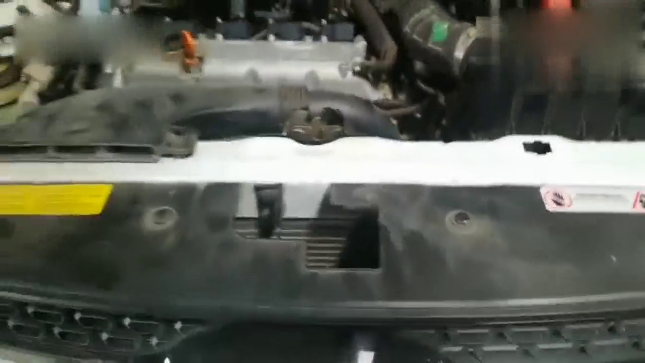 视频:瑞虎3x风扇常转,客户胡搅蛮缠,气的维修师傅老陕方言都出来了!
