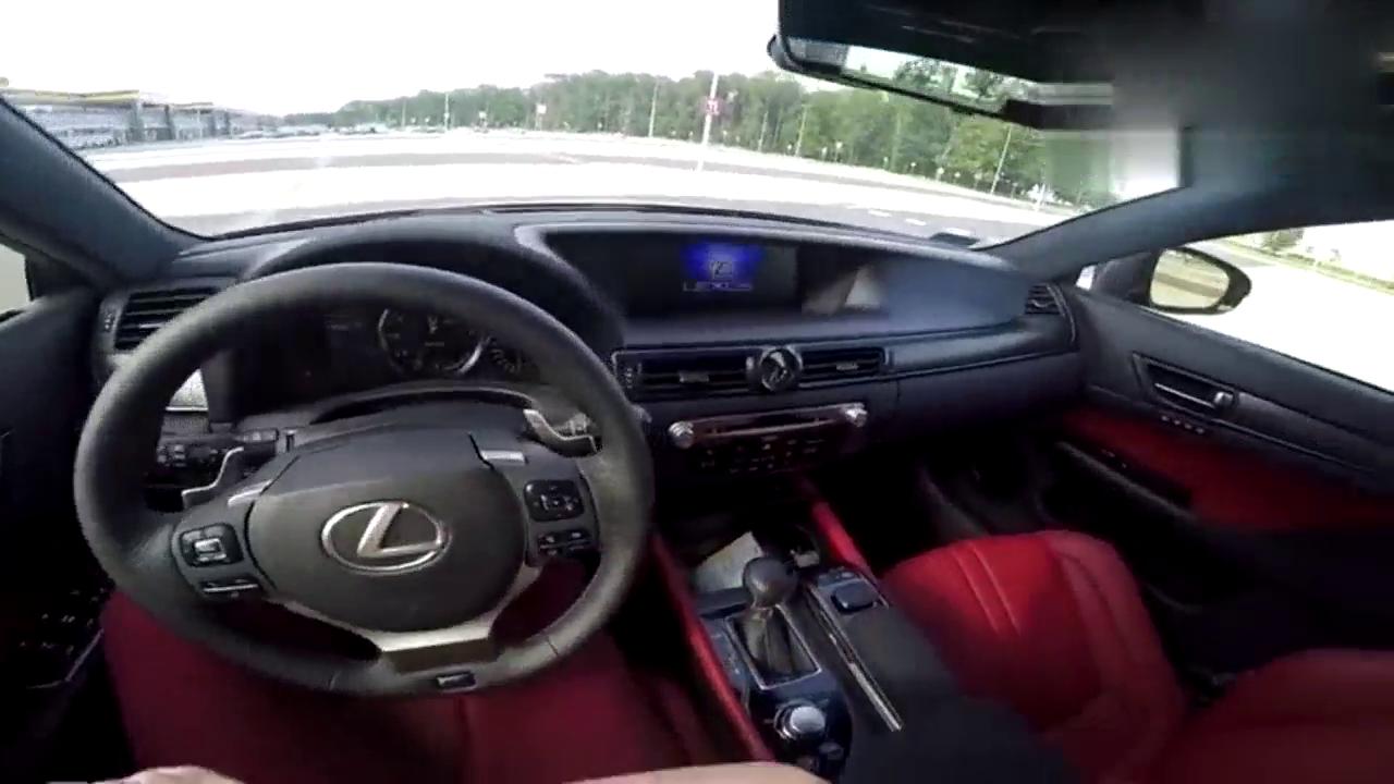 视频:驾驶477马力的雷克萨斯GSF是什么感觉?