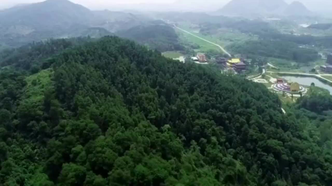 航拍广西上林旅游景点之一金莲湖和莲音寺你们觉得怎么样1