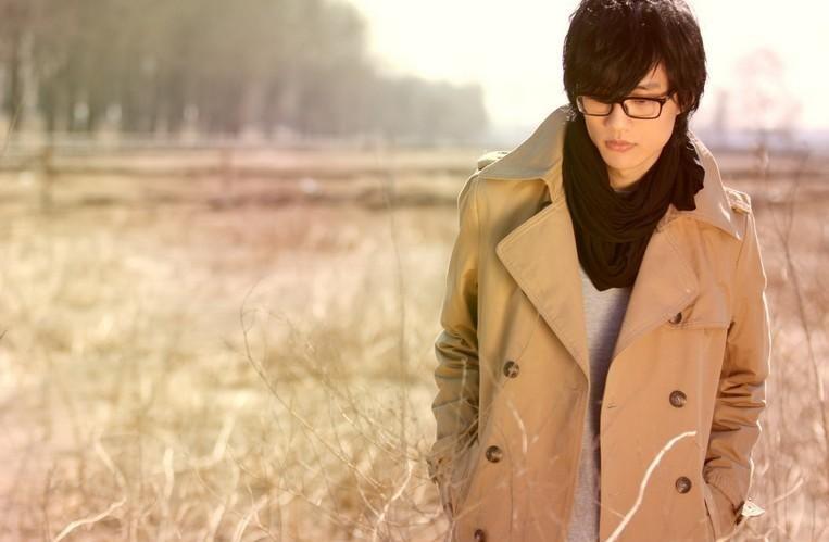 只为唱歌不为钱的5位明星,许嵩薛之谦上榜,最后一个曾誉为神童