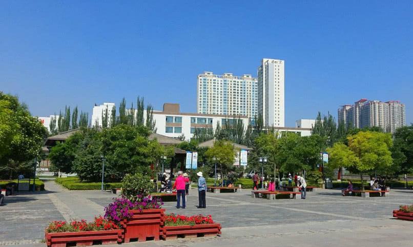 """中国最""""落魄""""四个省会,拉萨处于第三名,没想到第一名竟是它?"""
