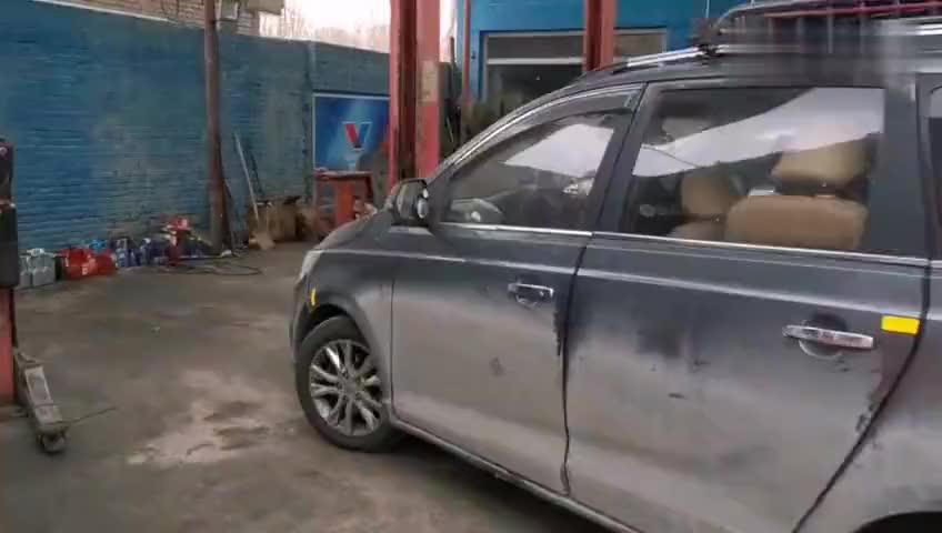 视频:86宝骏730一天横穿青藏高原伤痕累累抵达格尔木大保养改装避震