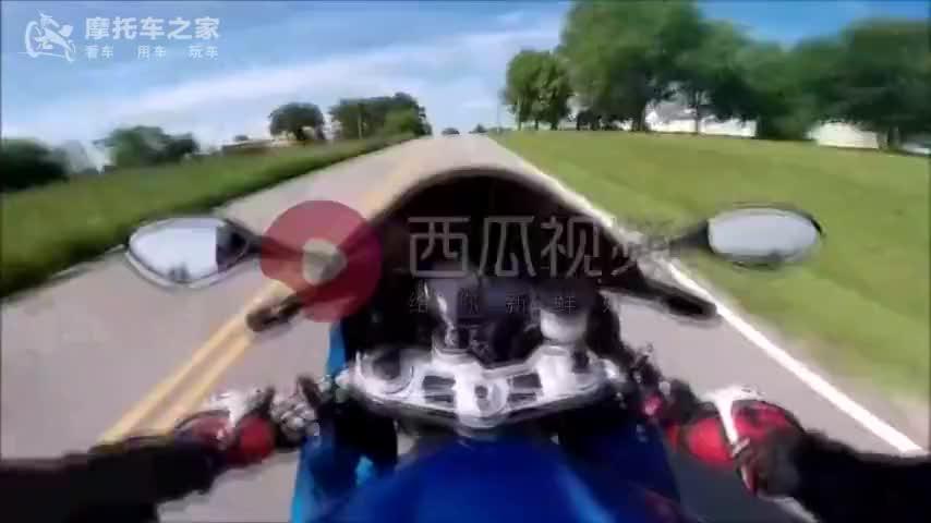 宝马s1000rr不限速公路狂飙比motogp看着还刺激
