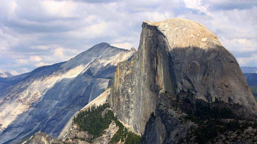 优胜美地国家公园:美国西部最美丽的国家公园之一