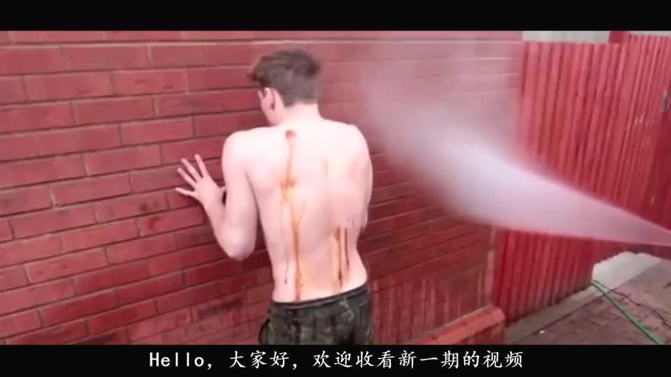 外国小伙伴游戏测试墙后躲避同伴攻击网友太会玩了
