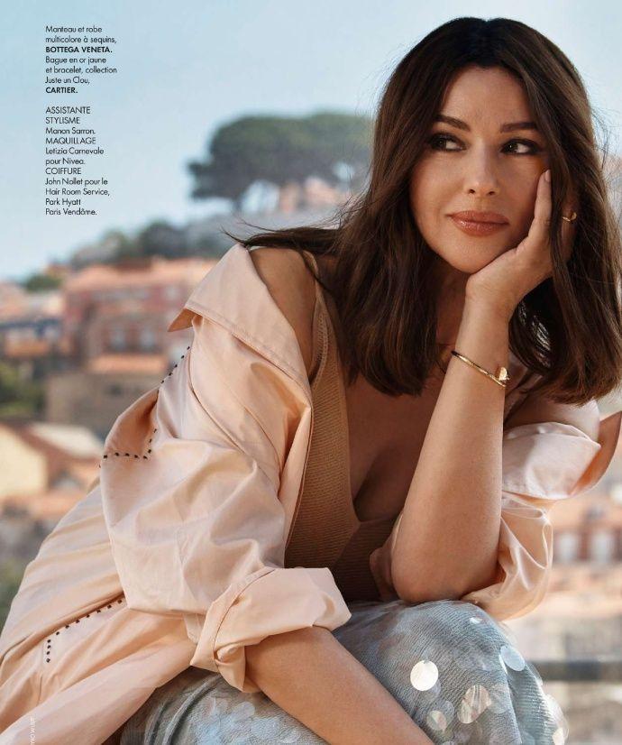 莫妮卡·贝鲁奇登上《Elle》法国版7月刊封面,女神依然美艳!