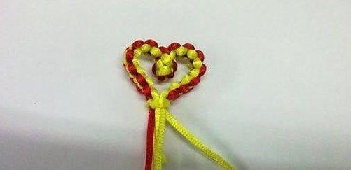 编织心形同心结的步骤图解