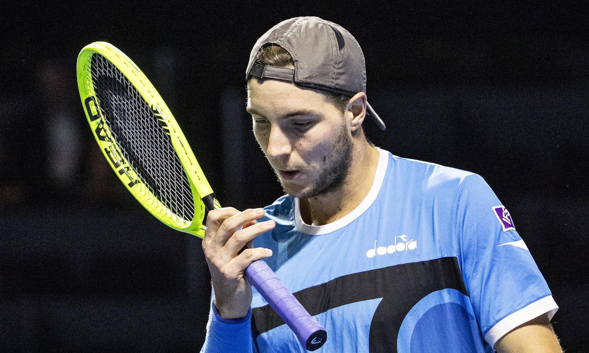 网球——巴塞尔室内公开赛:德米尼亚乌尔晋级半决赛(3)