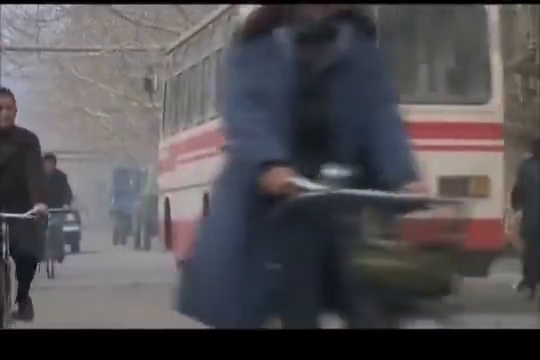 你是我兄弟:马学军公车上看见花蕾蕾,一路狂追公车!