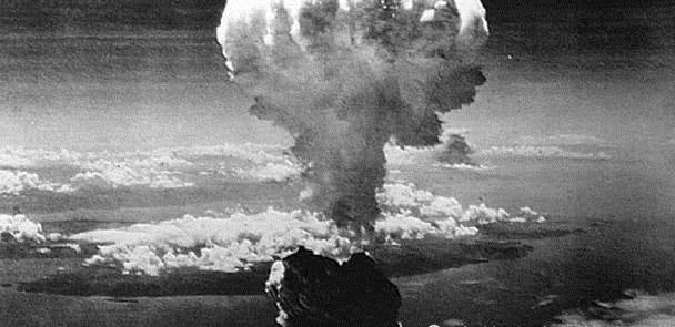 广岛原子弹爆炸时,日本当地学生在干嘛?