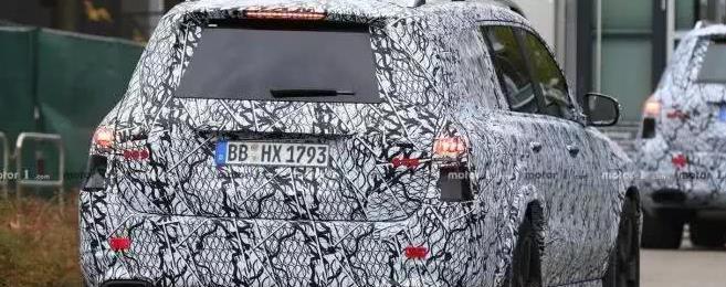 迈巴赫SUV在路上 换标的奔驰GLS?